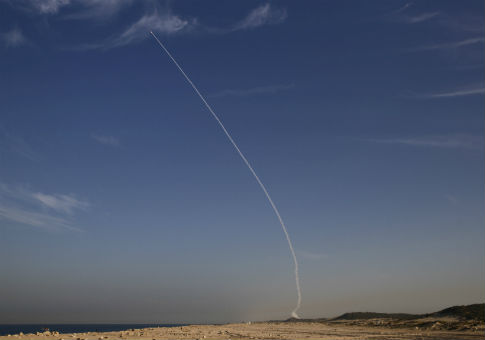"An ""Arrow 3"" ballistic missile interceptor during test launch near Ashdod, Israel / REUTERS"